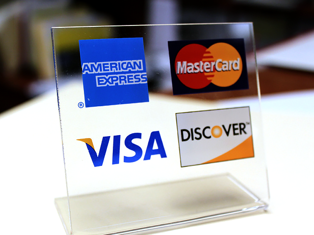 Credit-Card-Display